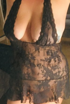 Apolline escort in Orlando and erotic massage