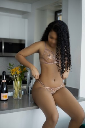Samirah escort girls in Toledo and tantra massage