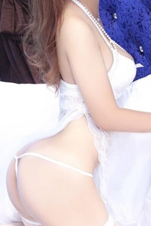 Benedetta nuru massage and escort girl